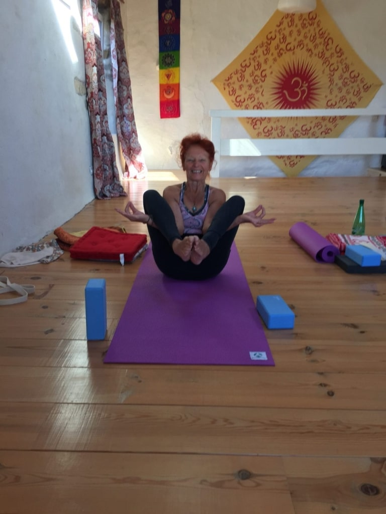 Yoga teacher training in France
