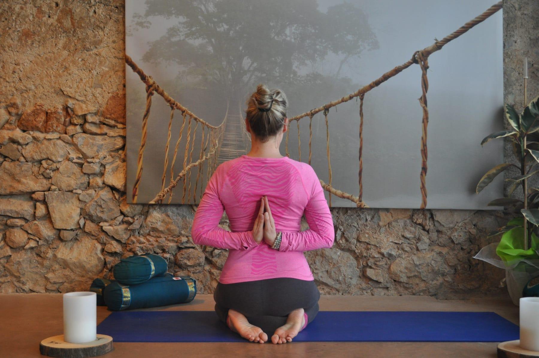Yin Yoga with La Pause Yoga France